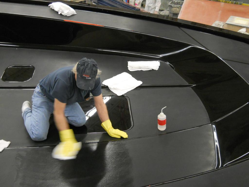 Preparing mold surface